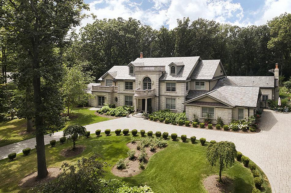 $3.15 Million Brick & Stone Home In Glenview, IL