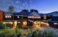 $4 Million Shingle Style Waterfront Home In Sammamish, WA