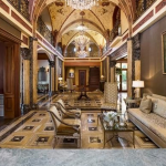 2-story Foyer & Great Room