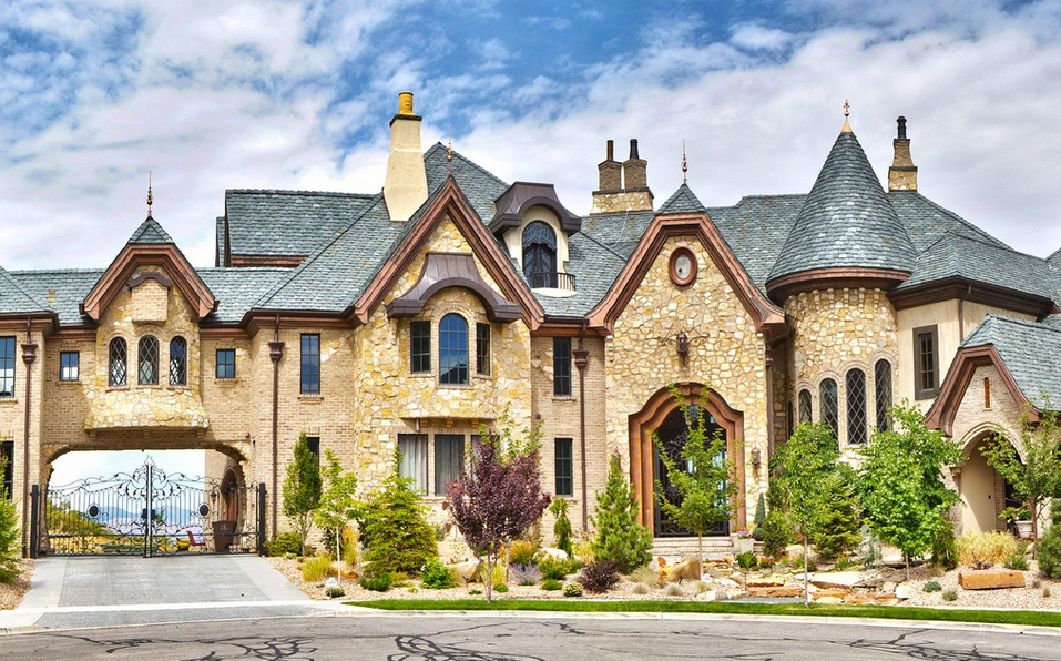 the draper castle a 23 000 square foot brick stone mansion in draper ut homes of the rich. Black Bedroom Furniture Sets. Home Design Ideas