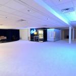 Lounge w/ Dance Floor