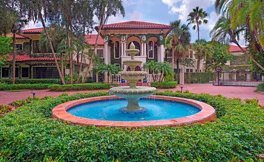24 000 square foot mediterranean mega mansion in naples for Mega mansions in florida