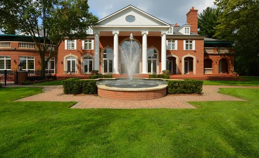 12 7 Million Brick Colonial Mansion In Bloomfield Hills