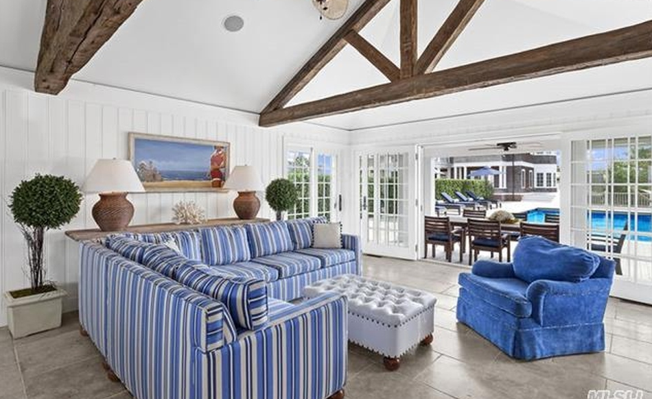 free online personals in east quogue Description set in quogue, 24 mi from east hampton, the quogue club features air-conditioned rooms with free wifi guests can enjoy the on-site bar guests can enjoy the on-site bar free private parking is available on site.
