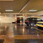 9-car Subterranean Garage