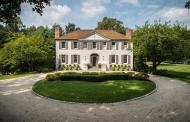 $3.695 Million Colonial Home In Darien, CT