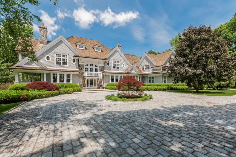 $6.75 Million Colonial Mansion In Greenwich, CT