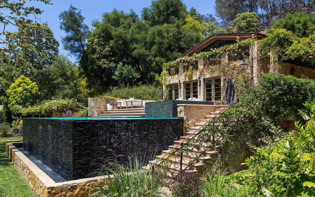 Actress Sela Ward Lists Bel Air Estate For $39.995 Million