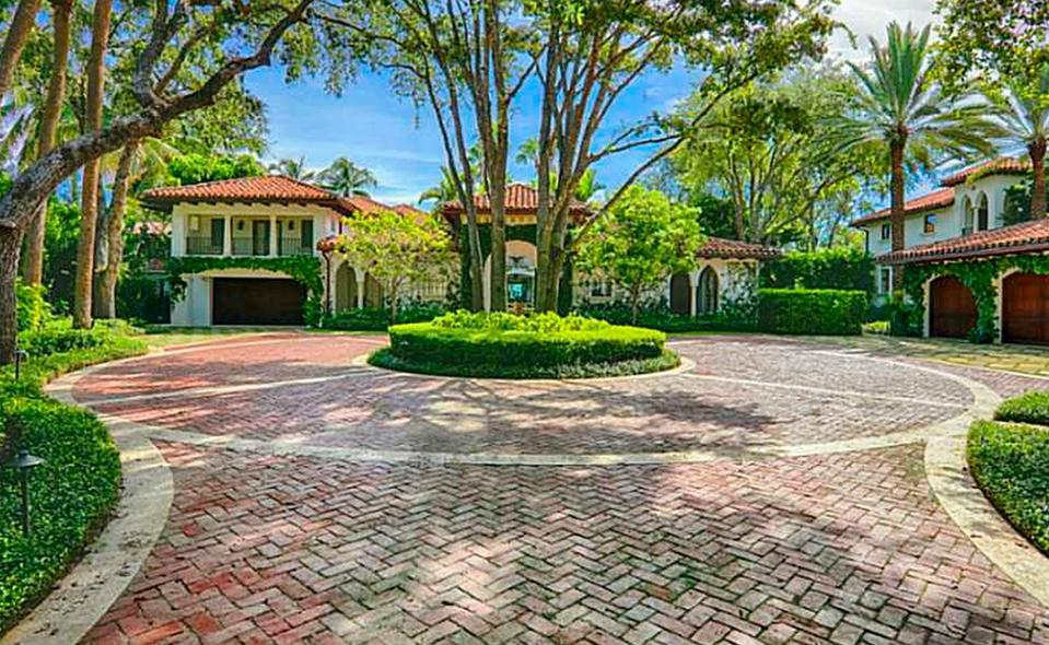 $25 Million Mediterranean Waterfront Estate In Miami Beach, FL