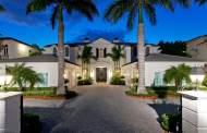 $7.89 Million Waterfront Mansion In Boca Raton, FL