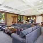 Lounge/Billiards Room