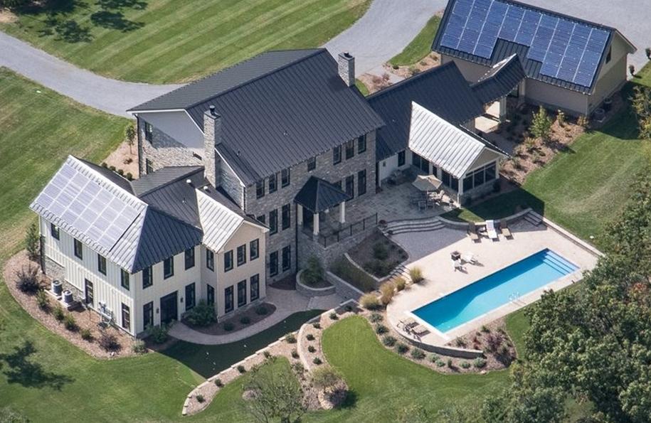 3 9 Million Newly Built Contemporary Farmhouse Style