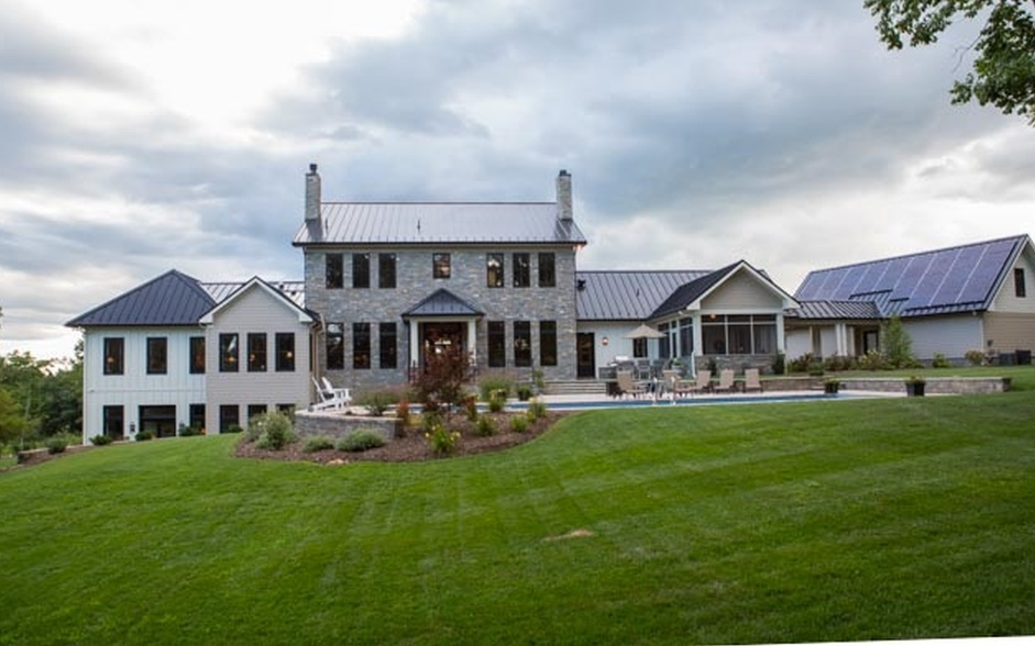 3 9 Million Newly Built Contemporary Farmhouse Style