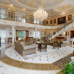 2-story Foyer/Great Room w/ Double Staircase