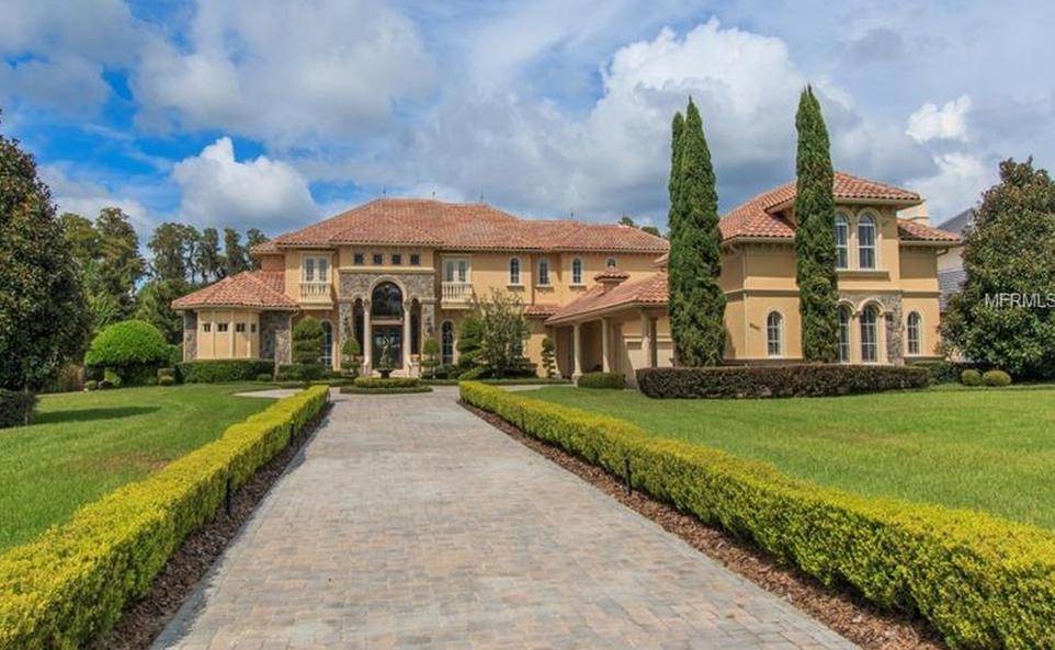 $4.295 Million Mediterranean Lakefront Mansion In Windermere, FL