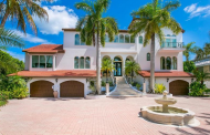 $5.75 Million Waterfront Home In Sarasota, FL