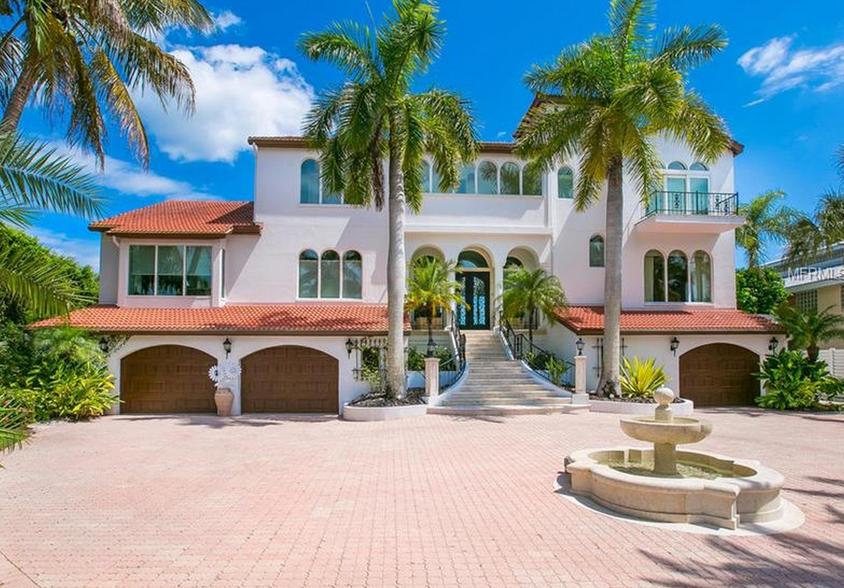 $5.75 Million Waterfront Home In Sarasota, FL
