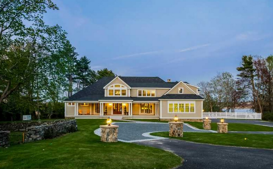 $4.995 Million Newly Built Waterfront Mansion In Barrington, RI
