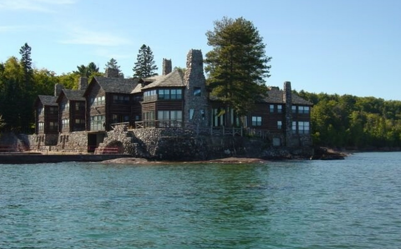 Granot Loma – A $40 Million Historic Lakefront Estate In Marquette, MI