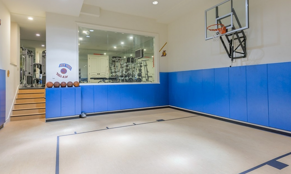 Singer mary j blige lists 18 000 square foot nj mansion Indoor half court basketball cost