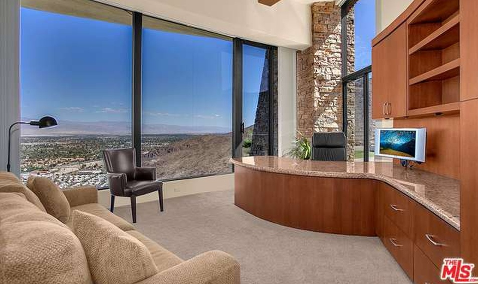 7 2 Million Mountaintop Contemporary Home In Palm Springs