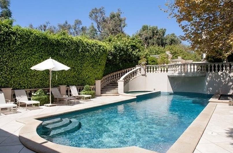 Beyoncé and Jay Z Rent $45 Million L.A. Mansion | Rap-Up