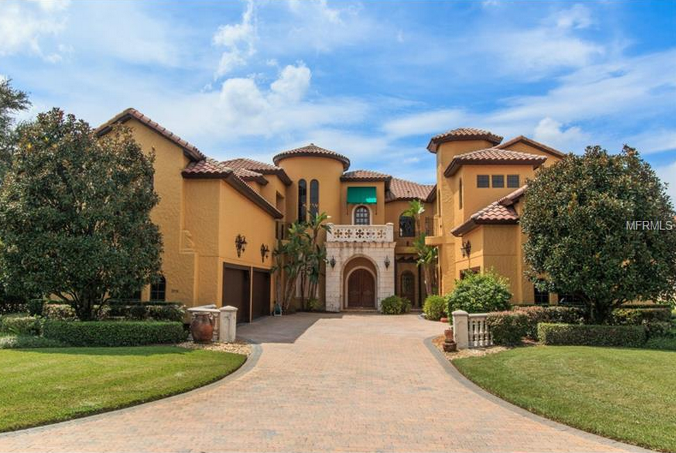 $2.7 Million Lakefront Tuscan Mansion In Windermere, FL