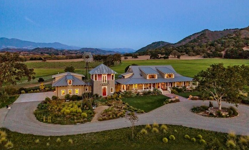 Rancho Rio Robles – A 100 Acre Estate In Santa Ynez, CA