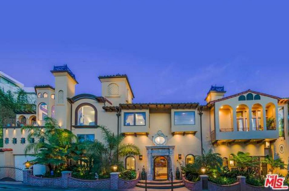 Villa de Sol – A Newly Built Mediterranean Home In Los Angeles, CA