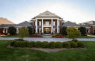 17,000 Square Foot Lakefront Brick Mansion In Gallatin, TN
