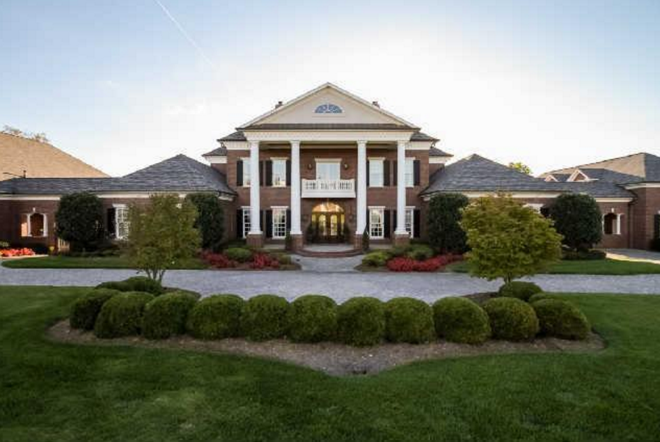 Gallatin (TN) United States  city photos : Home United States Homes 17,000 Square Foot Lakefront Brick Mansion In ...