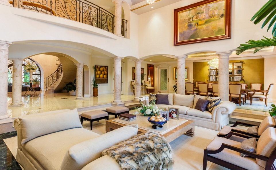 18 9 Million Waterfront Mediterranean Mansion In Coral Gables Fl Homes Of The Rich