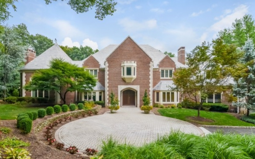 10,000 Square Foot Brick & Limestone Mansion In Franklin Lakes, NJ