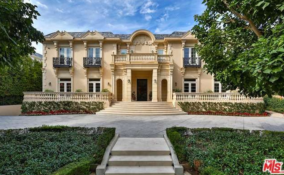 19 5 million french chateau in los angeles ca homes of for Luxury french chateau