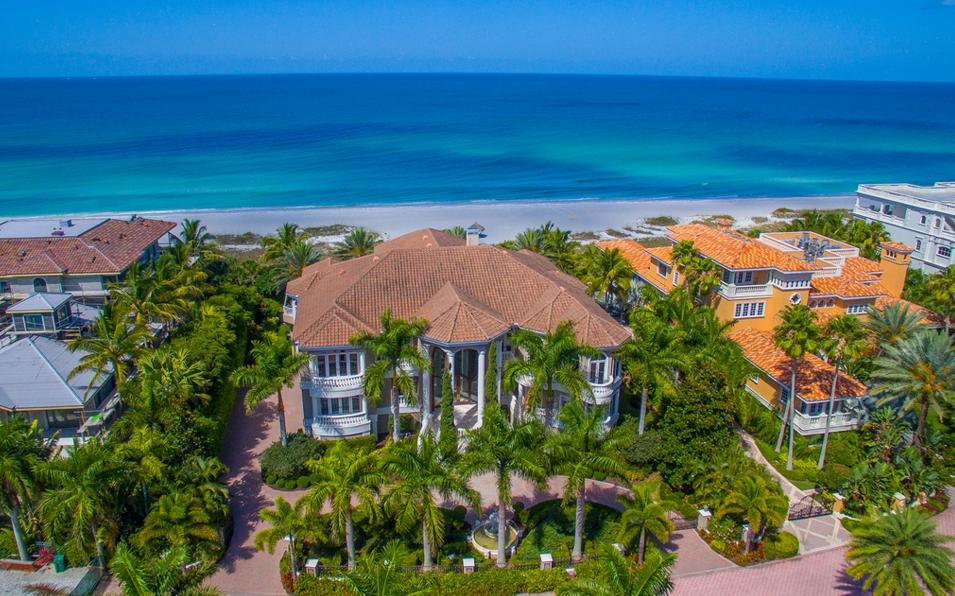 Villa del Sogno – A $20 Million Beachfront Mansion In Longboat Key, FL