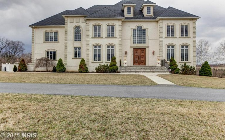 Colonial Stucco Mansion In Buckeystown, MD For Just $1.5 Million