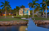 $4 Million Modern Waterfront Mansion In Sarasota, FL