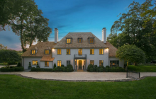 $5.985 Million Colonial Home In Greenwich, CT