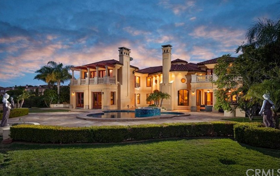 $8.5 Million Mediterranean Mansion In Newport Coast, CA