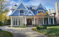 $3.1 Million Nantucket Style Home In Winnetka, IL