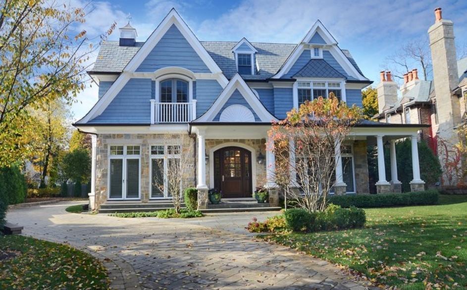 3 1 Million Nantucket Style Home In Winnetka Il Homes