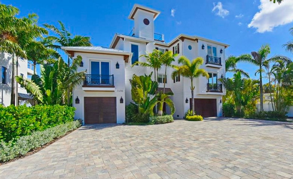$4.4 Million Newly Built Waterfront Home In Longboat Key, FL