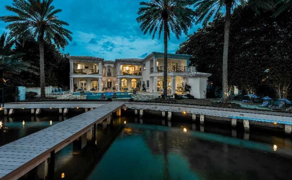 $19.45 Million Waterfront Mansion In Miami Beach, FL