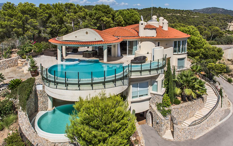 15 million hilltop mansion in mallorca spain homes of for Great rooms com