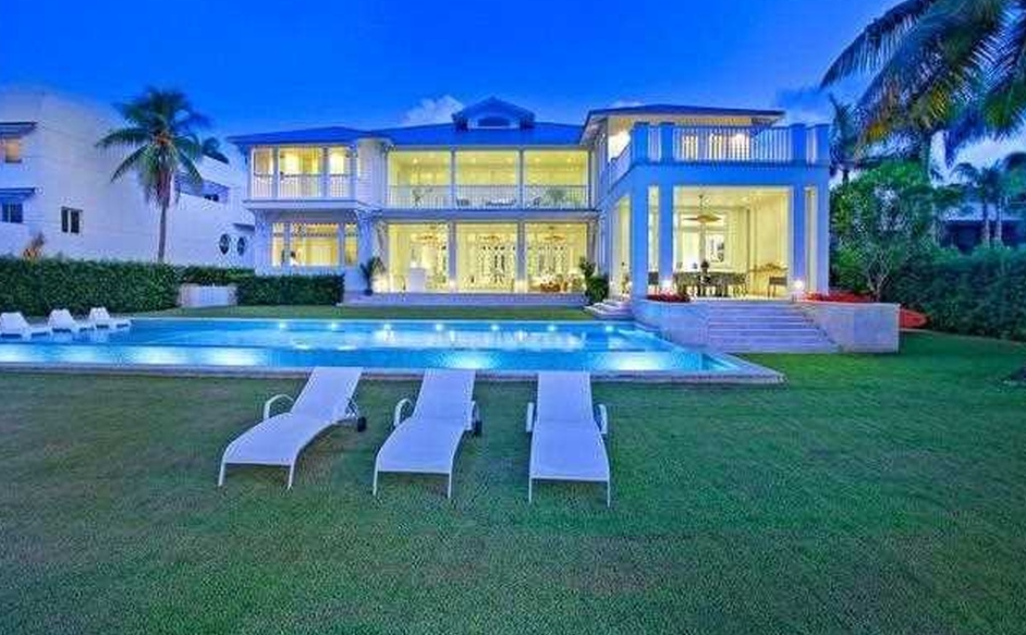 $18 Million Newly Built Waterfront Home In Key Biscayne, FL