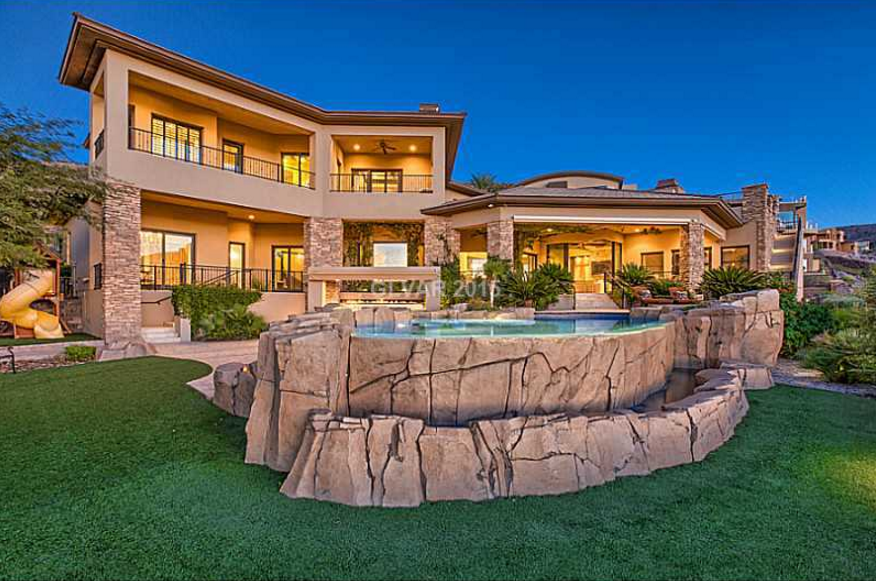 $2.995 Million Stone & Stucco Home In Henderson, NV