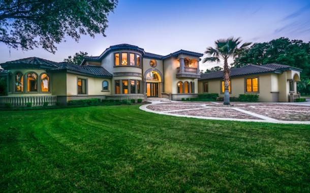 $3.55 Million 37 Acre Equestrian Estate In Reddick, FL