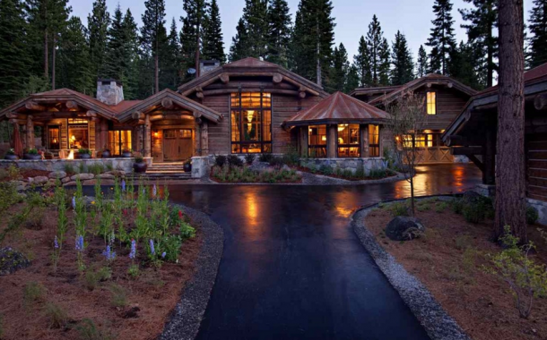 $4.65 Million Log Home In Truckee, CA