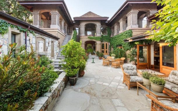 $32 Million 621 Acre Estate In Calistoga, CA