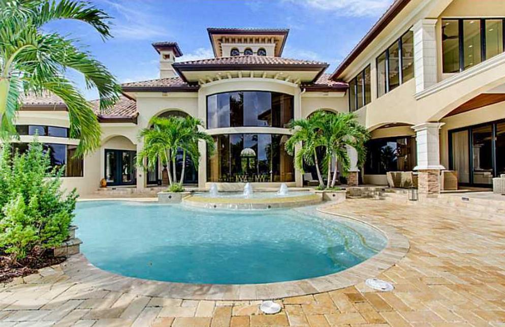 10 000 Square Foot Mediterranean Lakefront Mansion In